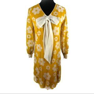 Perfect vintage 60's Daisy shift dress